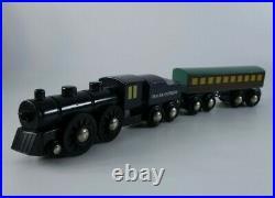 BRIO Polar Express Wooden Train Set Engine Passenger Car Coal Christmas 32501