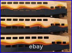 HO Athearn Bombardier Passenger Car Set 2 Coaches & 1 Control Car