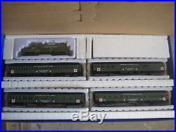Ho Us Army Train Set Gp-20 Loco And 4 Passenger Cars #mrr21680