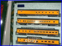 KATO N 106-080 UP City of Los Angeles 11 Car Passenger Set