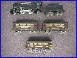 Lionel Prewar Set 236 (262 Loco 262 Tender 607 607 608 Passenger Cars)