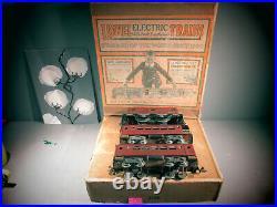 Lionel Prewar Standard Electric set 350 O. B. LOCOMOTIVE #8 + 2 PASSENGER CAR