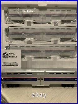MTH 20-65002 Amtrak 4-Car 70' Bi-Level Passenger Set NIB