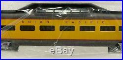 MTH 20-6510 Union Pacific 5-Car Passenger Car Set & MT-6510 2 Car Set