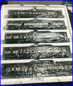 MTH # 20-6513 B&O 5 car 70' ABS Passenger set Ribbed C-8 withoriginal box 176356