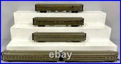 MTH 20-6536 Chicago & North Western Streamline 5-Car Passenger Set EX/Box