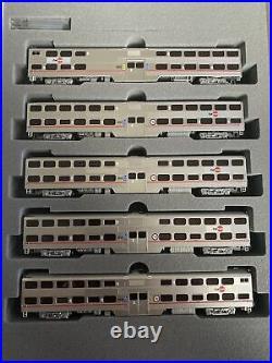 N Scale Kato Kobo Custom Gallery Bi-Level 5 Car Commuter Set Caltrain Passenger