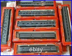 Rivarossi HO Scale New York Central Streamlined 7 Car Passenger Set