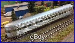 Walthers Proto Santa Fe Chief passenger train, 12 cars set
